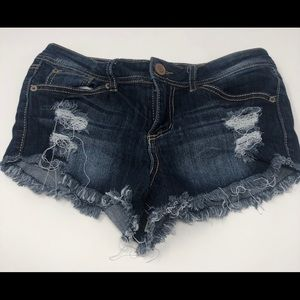 Rue21 Shorts - Rue 21 Distressed Frayed Jean Shorts Size 3/4